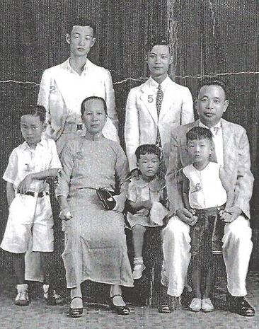 Photo of Chan Cheung-chi family