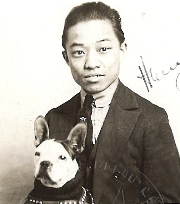 Tsang Gee Kay photo with dog
