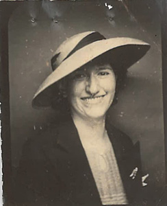 Fung Lynette Behney photo ca. 1939