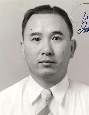 Yuen Too Patricia Robert Aff